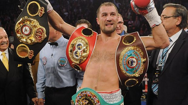 Sergey Kovalev - Bildquelle: 2015 Getty Images