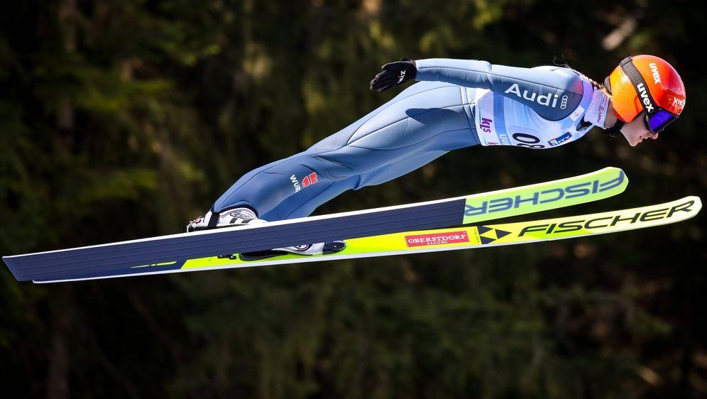 Die deutschen Skispringerinnen werden beim Teamwettbewerb im slowenischen Lj... - Bildquelle: imago images/GEPA pictures