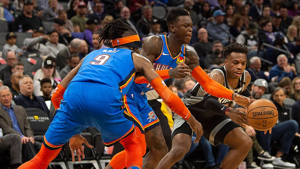 Dennis Schröder im Spiel gegen die Sacramento Kings - Bildquelle: imago images/ZUMA Press