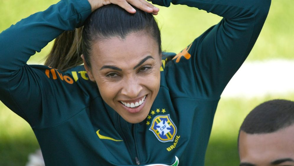 Fehlt Brasilien verletzungsbedingt: Marta - Bildquelle: AFPSIDJEAN-PIERRE CLATOT