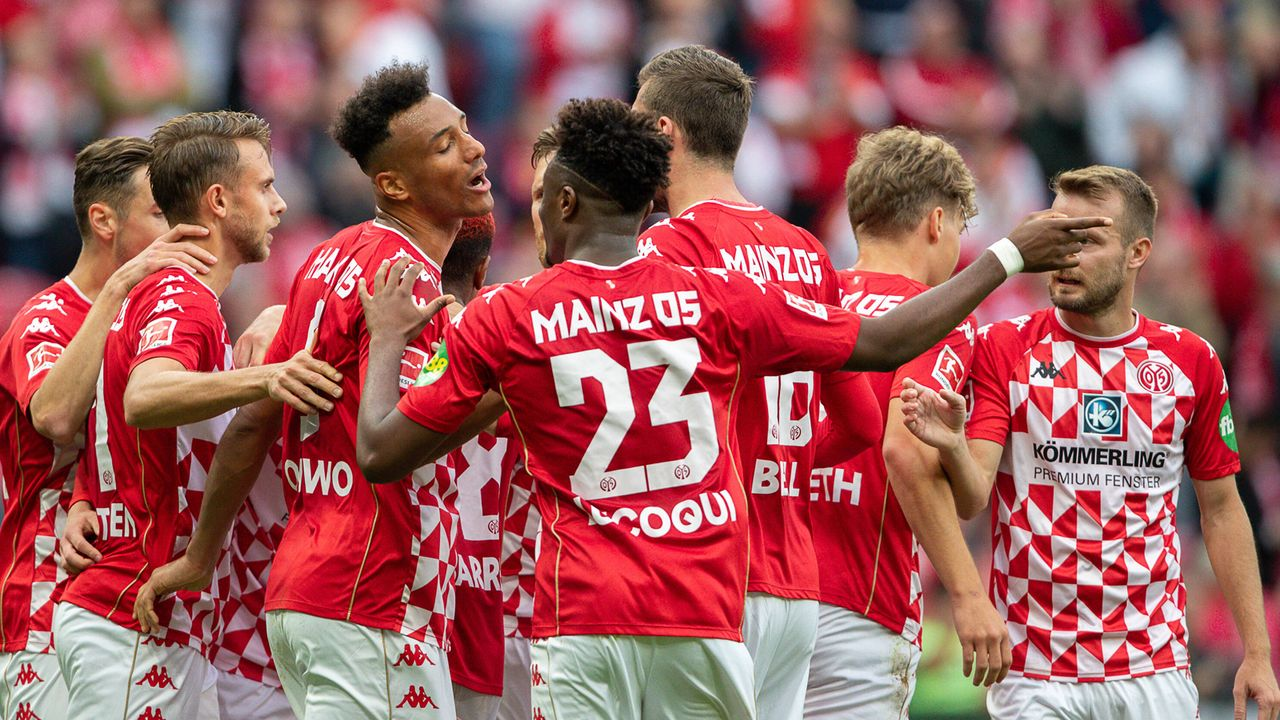 FSV Mainz 05 - Bildquelle: imago images/Marcel Lorenz
