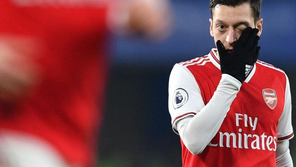 Wird Arsenal wohl verlassen: Mesut Özil - Bildquelle: AFPSIDBEN STANSALL