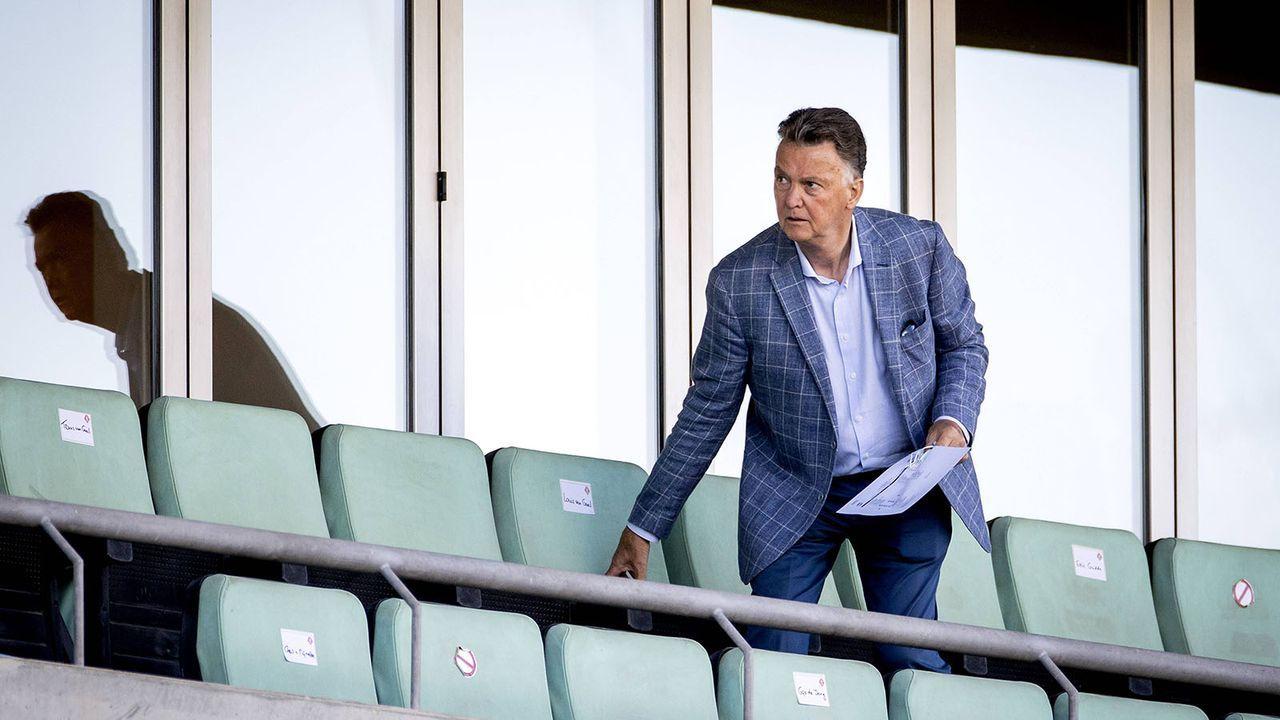 Louis van Gaal kehrt auf die Trainerbank zurück - Bildquelle: imago images/ANP