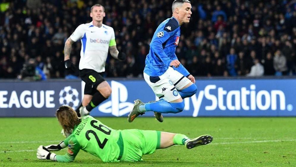 Vandevoordt machte beim 1:0 von Neapel keine gute Figur - Bildquelle: AFPSIDTiziana FABI