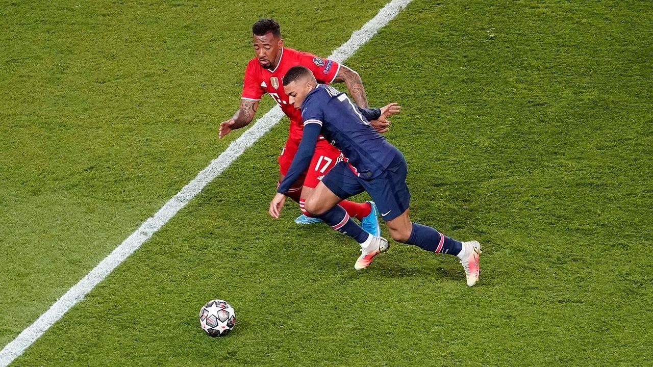 6. Jerome Boatengs Abgang muss vermieden werden - Bildquelle: imago images/kolbert-press