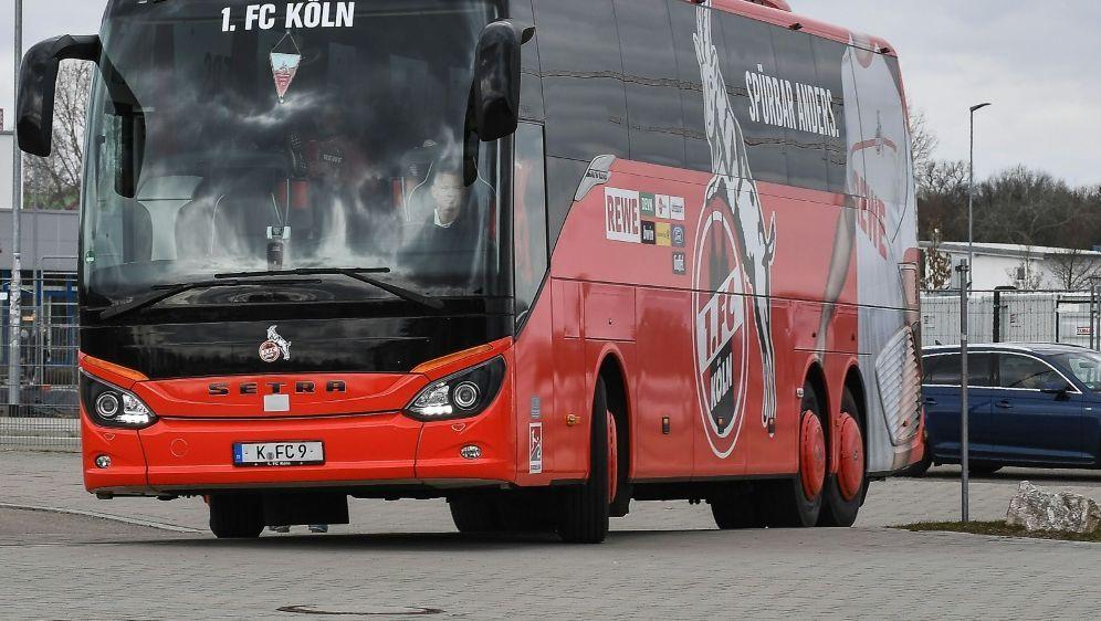 Mannschaftsbus des 1. FC Kölns mit Schmähungen besprüht - Bildquelle: PIXATHLONPIXATHLONSID