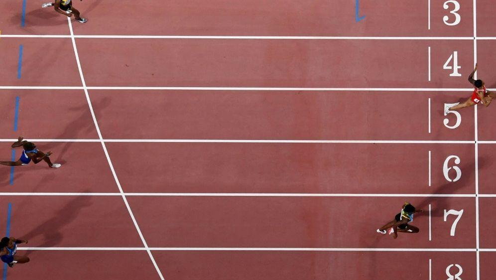 Christine Mboma mit neuer Weltjahresbestzeit über 400 m - Bildquelle: AFPSIDANTONIN THUILLIER