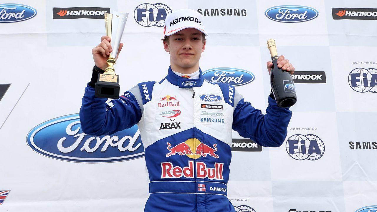 Dennis Hauger (Hitech Grand Prix) - Bildquelle: Imago