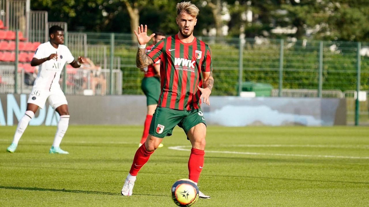Niklas Dorsch (FC Augsburg)  - Bildquelle: imago