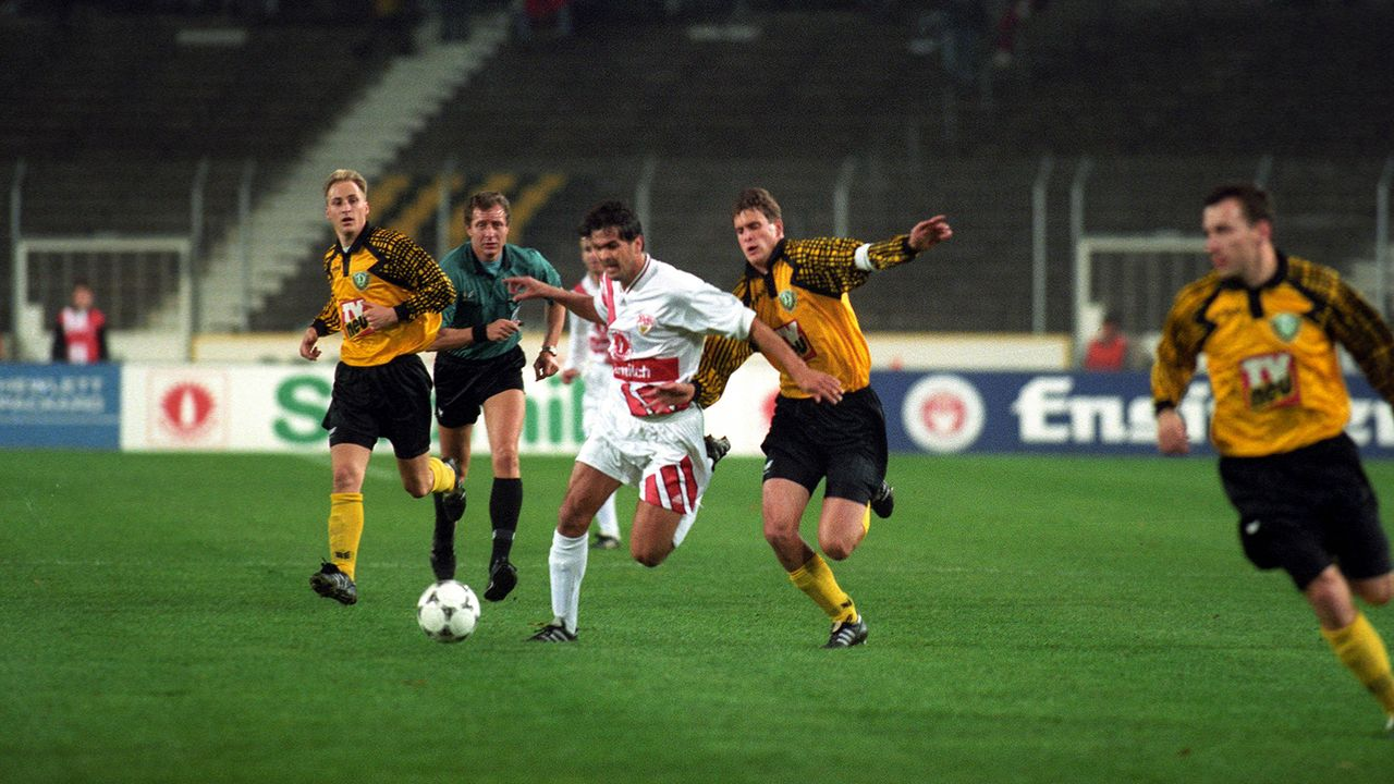 Platz 3: SG Dynamo Dresden (21 Spiele) - Bildquelle: Imago
