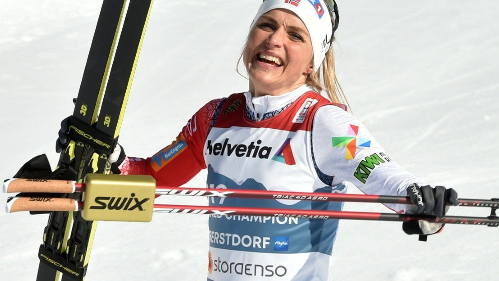 Therese Johaug peilt die Olympia-Norm über 10.000 m an - Bildquelle: AFPSIDCHRISTOF STACHE