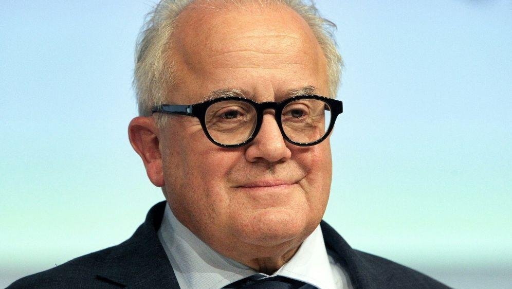 Keller kritisiert die WM-Vergabe an Katar - Bildquelle: AFPSIDDaniel ROLAND