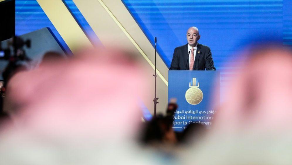 Gianni Infantino äußerte sich zur Bewerbung der WM 2030 - Bildquelle: AFPSIDKARIM SAHIB