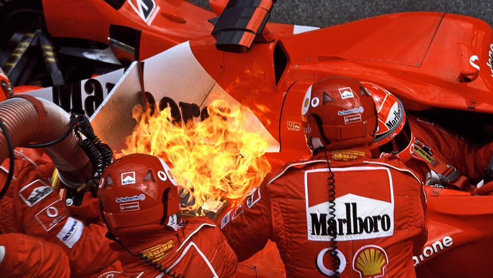 Tank-Stopps könnten wieder mehr Spannung und Nervenkitzel in die F1 bringen ... - Bildquelle: imago sportfotodienst