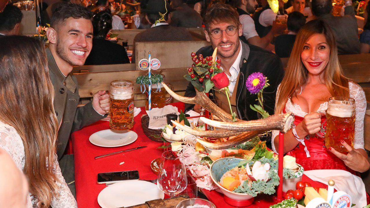 Die Bayern-Stars auf dem Oktoberfest 2019 - Bildquelle: 2019 Pool