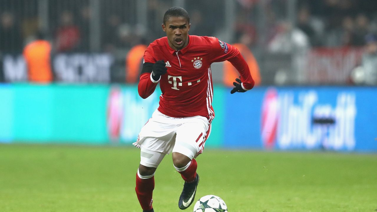 Platz 8 (geteilt): Douglas Costa - Bildquelle: Getty Images