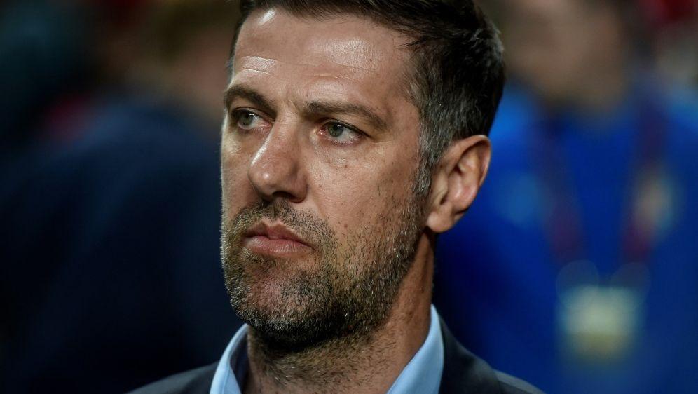 Mladen Krstajic ist nicht mehr Serbiens Nationaltrainer - Bildquelle: AFPSIDPATRICIA DE MELO MOREIRA