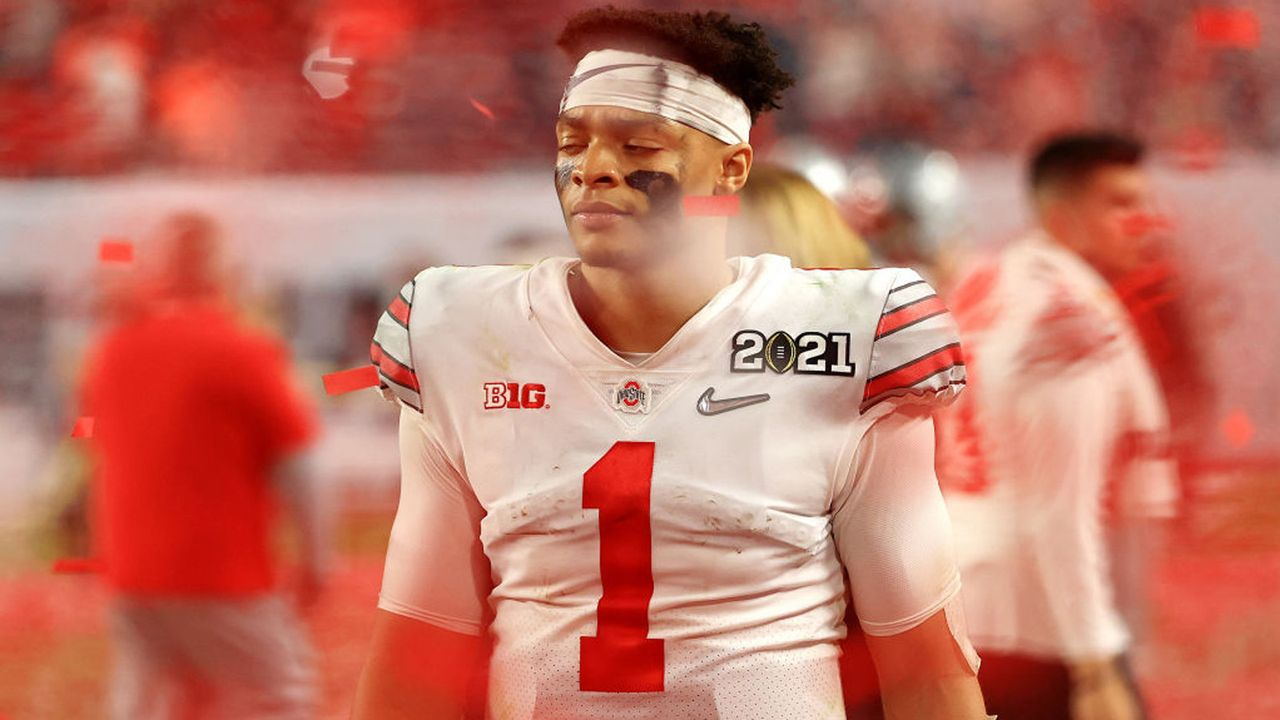 Platz 8: Justin Fields (Quarterback, Chicago Bears)  - Bildquelle: 2021 Getty Images