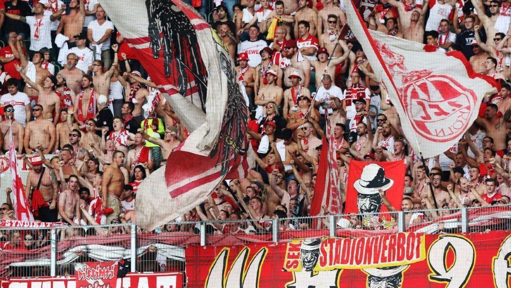 Die Polizei Köln erwartet 900 gewaltbereite Fans - Bildquelle: FIROFIROSID