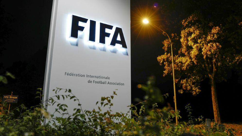 Coronavirus: Meeting des FIFA-Councils abgesagt - Bildquelle: AFPSIDFABRICE COFFRINI