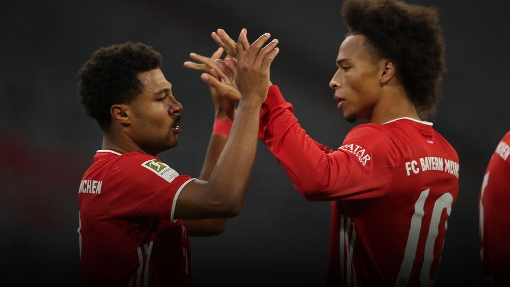 Leroy Sane (re.) überzeugte gleich im ersten Einsatz für die Bayern - vor al... - Bildquelle: 2020 Getty Images