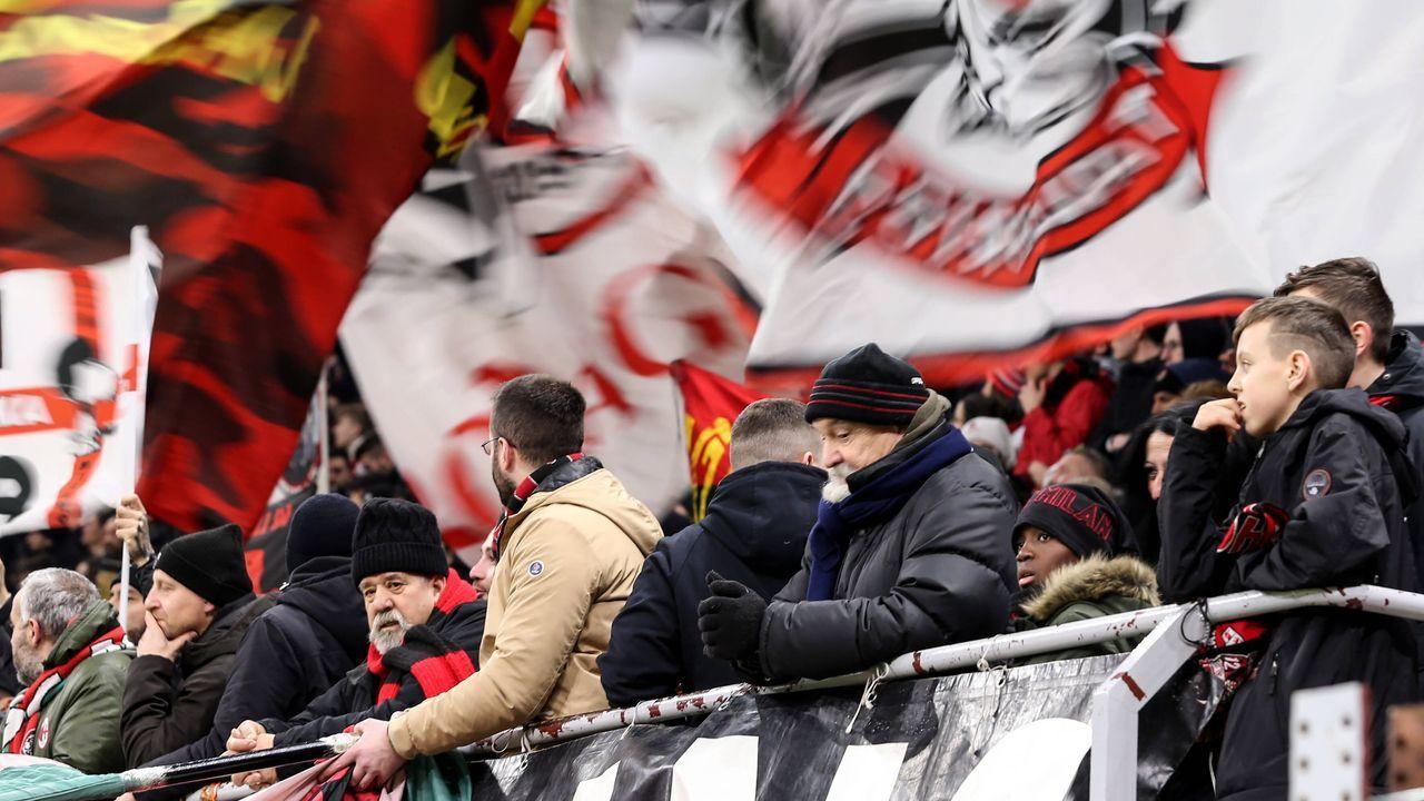 AC Milan: Fanaktion motiviert Spieler Tagesgehälter zu spenden - Bildquelle: imago images