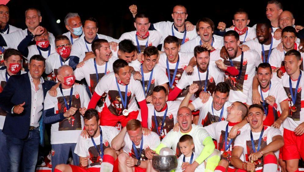 Roter Stern feierte Ende Juni die Meisterschaft - Bildquelle: AFPSIDPEDJA MILOSAVLJEVIC