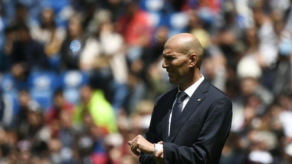 Zidane übernimmt wieder die Leitung im Trainingslager - Bildquelle: AFPSIDPIERRE-PHILIPPE MARCOU