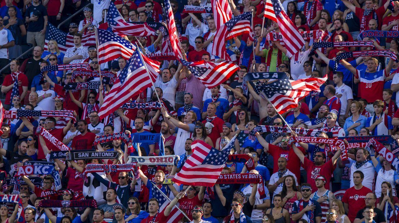 Länge der Nationalhymne - Bildquelle: Getty