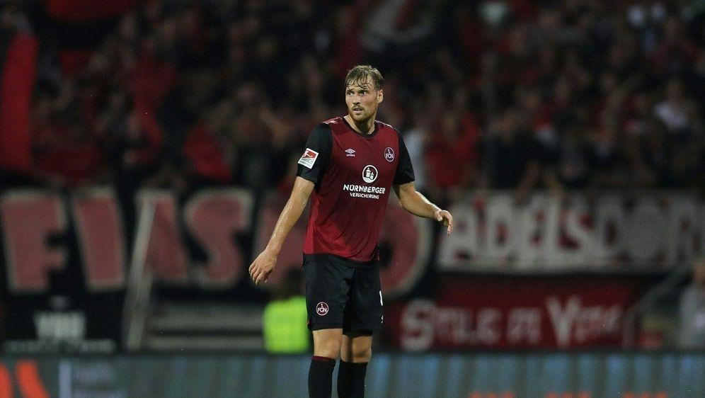 Asger Sörensen fehlt dem Club gegen seinen Ex-Verein - Bildquelle: FIROFIROSID
