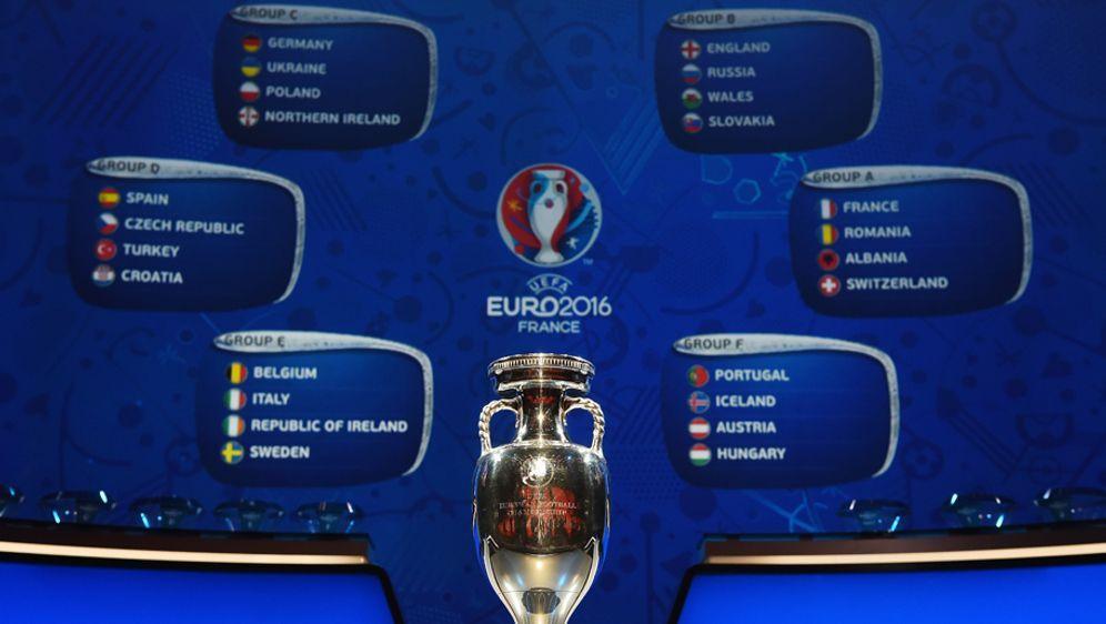 SAT.1 und ran.de übertragen sechs Vorrundenspiele der EM 2016 live. - Bildquelle: getty