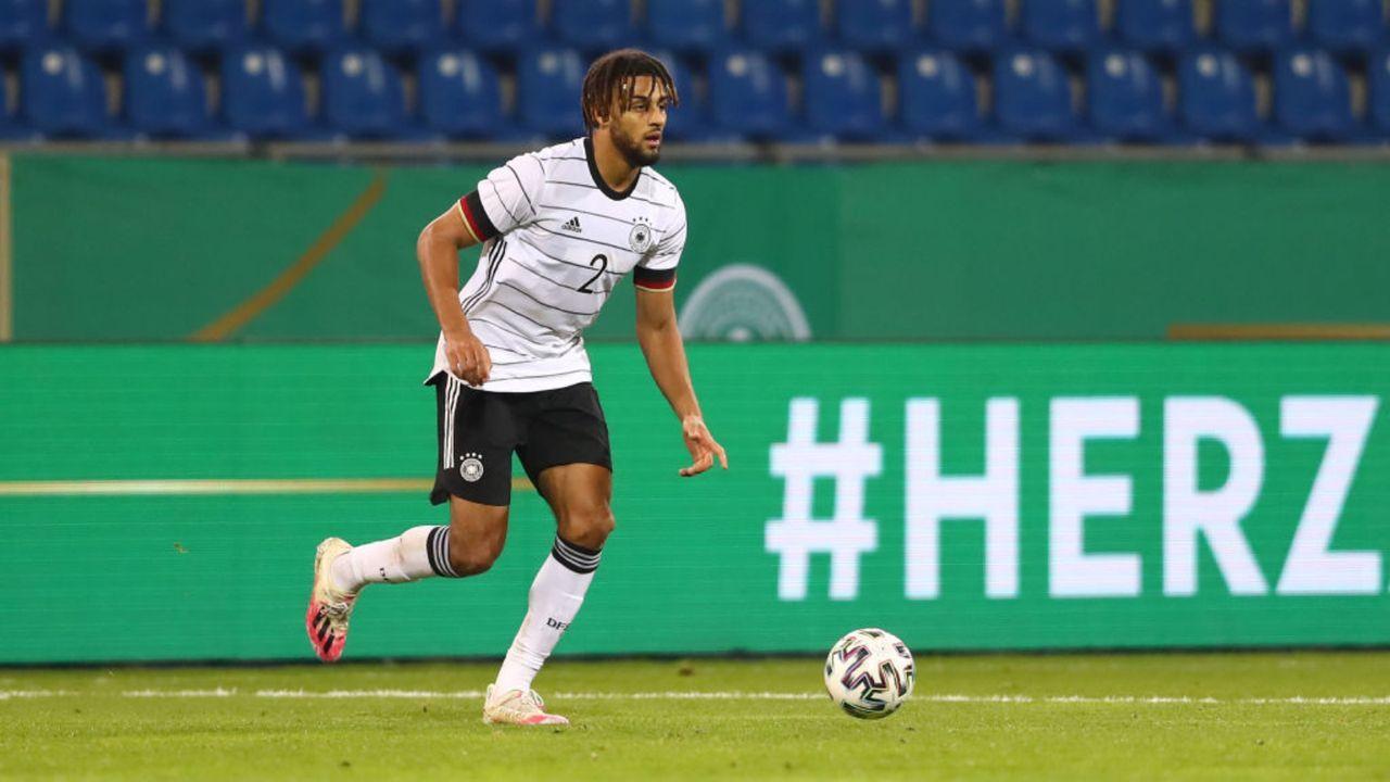 Josha Vagnoman (Hamburger SV) - Bildquelle: Getty