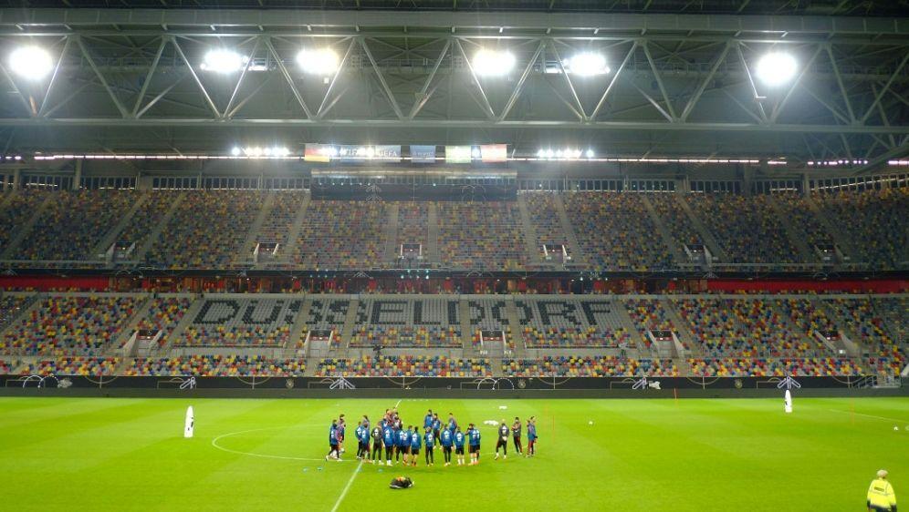 Mitte/Ende Mai könnte es in der Bundesliga weitergehen - Bildquelle: AFPSIDPATRIK STOLLARZ