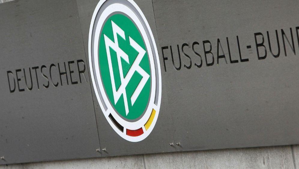 3. Liga: DFB veröffentlicht Klima-Fanguide - Bildquelle: AFP/SID/DANIEL ROLAND