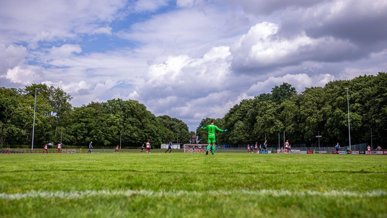 Greifswalder FC - FC Augsburg - Bildquelle: imago images/Andre Gschweng