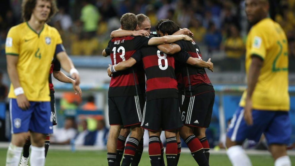 """Die FIFA zeigt 30 """"unvergessliche"""" WM-Spiele - Bildquelle: AFPSIDADRIAN DENNIS"""