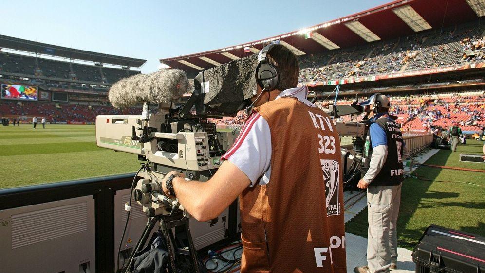 Es gibt eine Änderung am spanischen TV-Markt - Bildquelle: firo Sportphotofiro SportphotoSID-firo Sportphoto