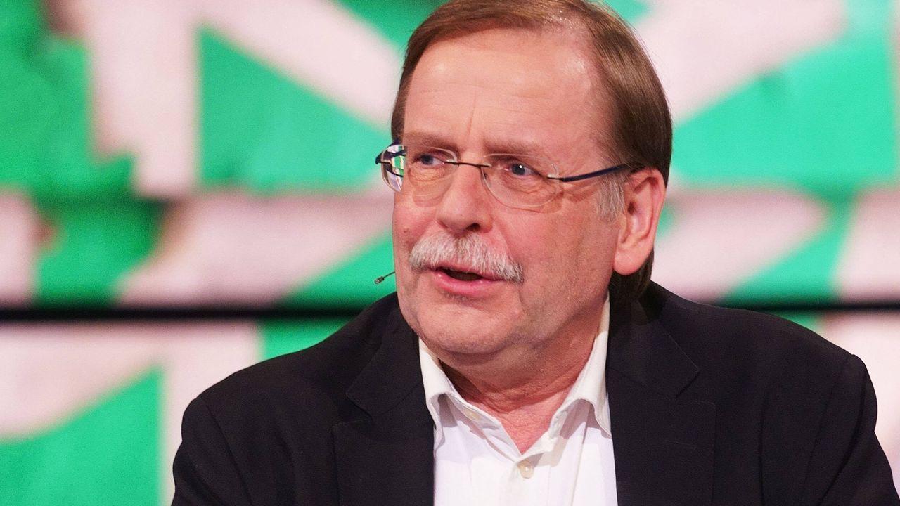 Rainer Koch (DFB-Co-Interims-Präsident) - Bildquelle: imago images/Martin Hoffmann