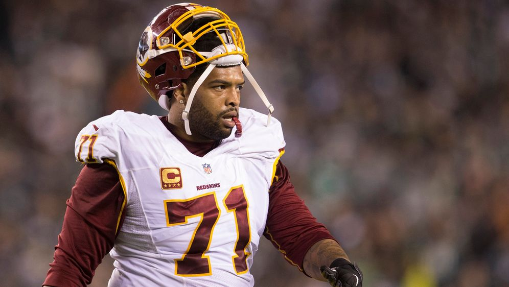 Helmprobleme sollen Trent Williams am Training hindern. - Bildquelle: 2015 Getty Images