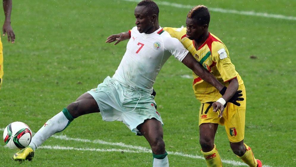 Ibrahima Wadji (l.) wurde positiv auf Morphin getestet - Bildquelle: AFPSIDMICHAEL BRADLEY