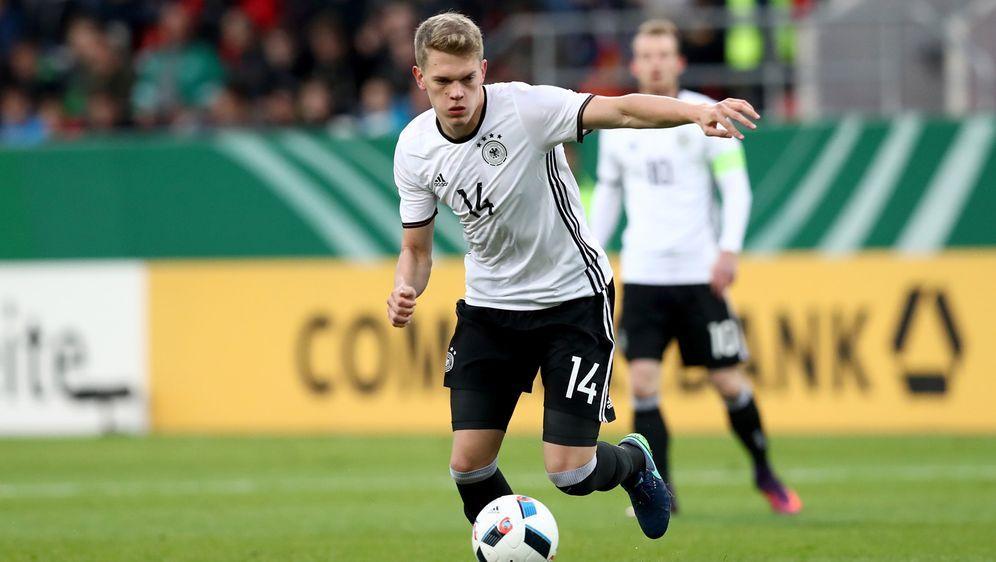 In einer Online-Abstimmung wurde Matthias Ginter zum deutschen Nationalspiel... - Bildquelle: 2016 Getty Images