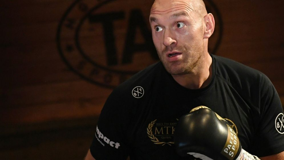 Tyson Fury rät Wladimir Klitschko von Comeback ab - Bildquelle: GETTY IMAGES NORTH AMERICAGETTY IMAGES NORTH AMERICASIDEthan Miller