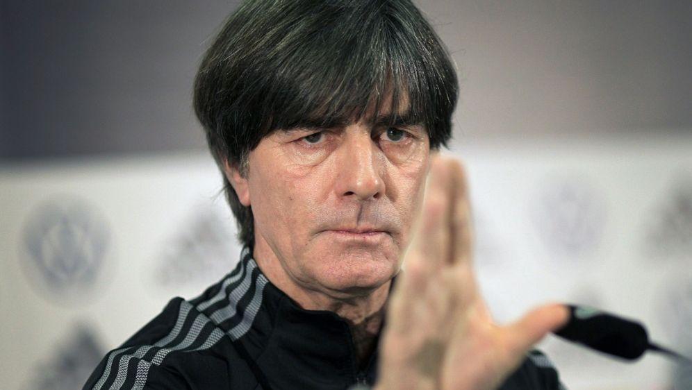 Löw freut sich auf EM-Heimspiele in München - Bildquelle: AFPSIDDANIEL ROLAND
