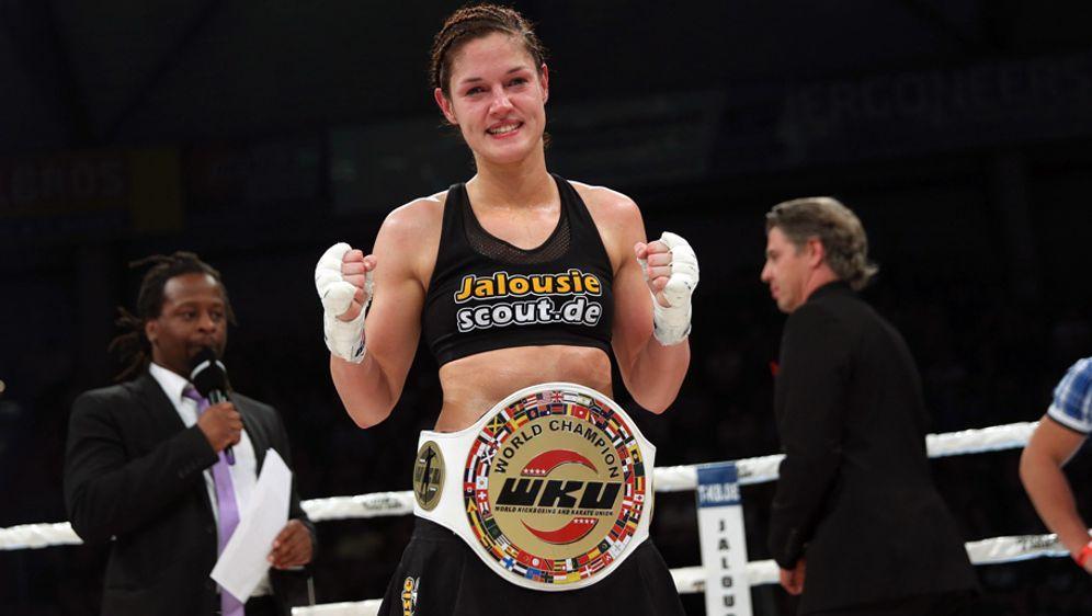 Marie Lang ist WKU-Weltmeisterin in drei Gewichtsklassen - Bildquelle: imago/Stefan Bösl