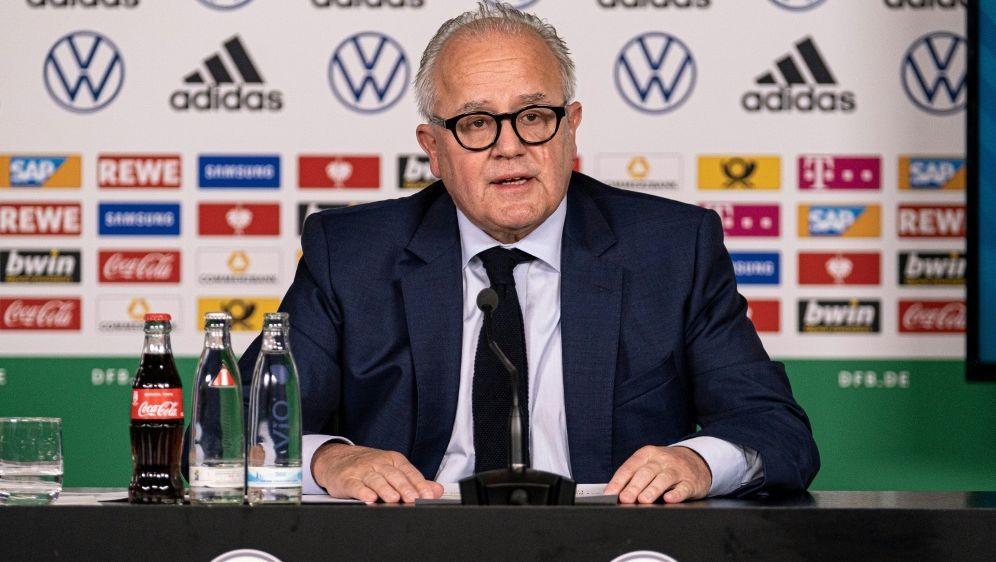 DFB-Präsident Fritz Keller will EM klimaneutral halten - Bildquelle: FIROFIROSID