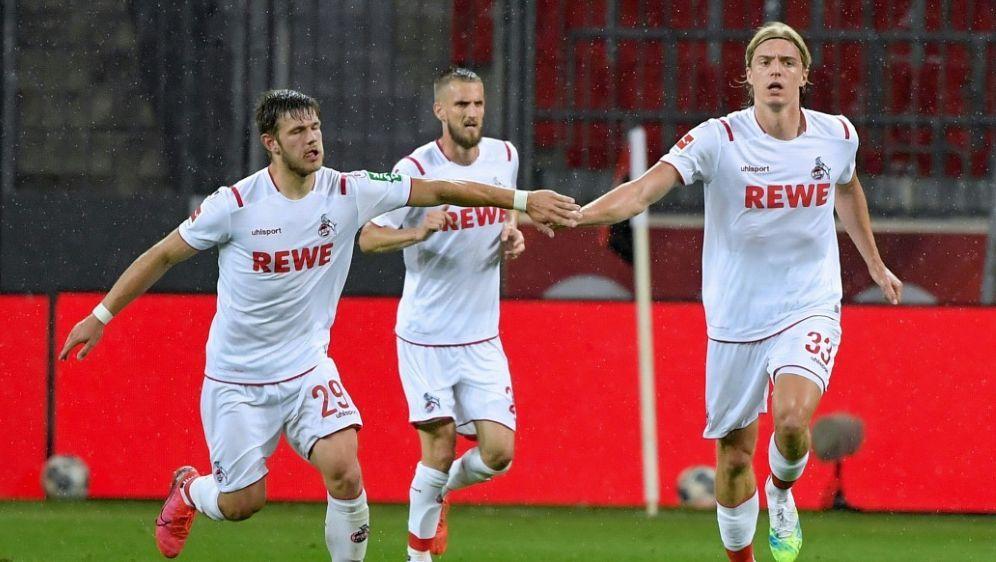 Der 1. FC Köln gewann mit 5:0 gegen den Landesligisten - Bildquelle: FIROFIROSID