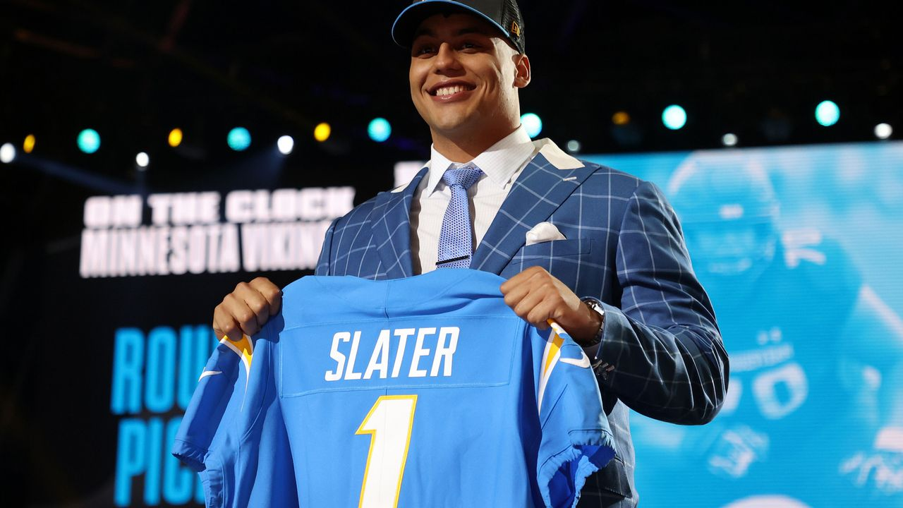 13. Pick - Rashawn Slater (Left Tackle, Los Angeles Chargers) - Bildquelle: 2021 Getty Images