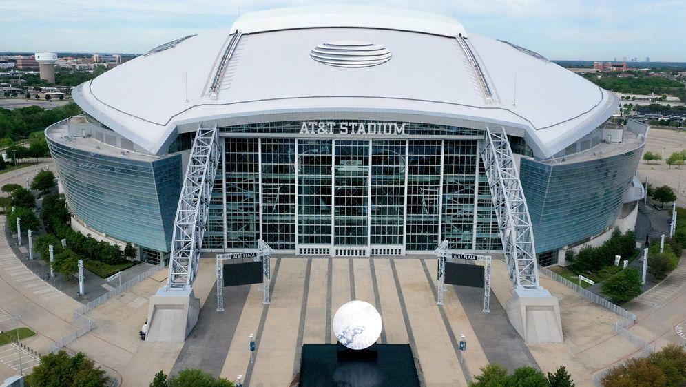 Das Stadion der Cowboys könnte im Herbst zur Hälfte gefüllt werden. - Bildquelle: getty