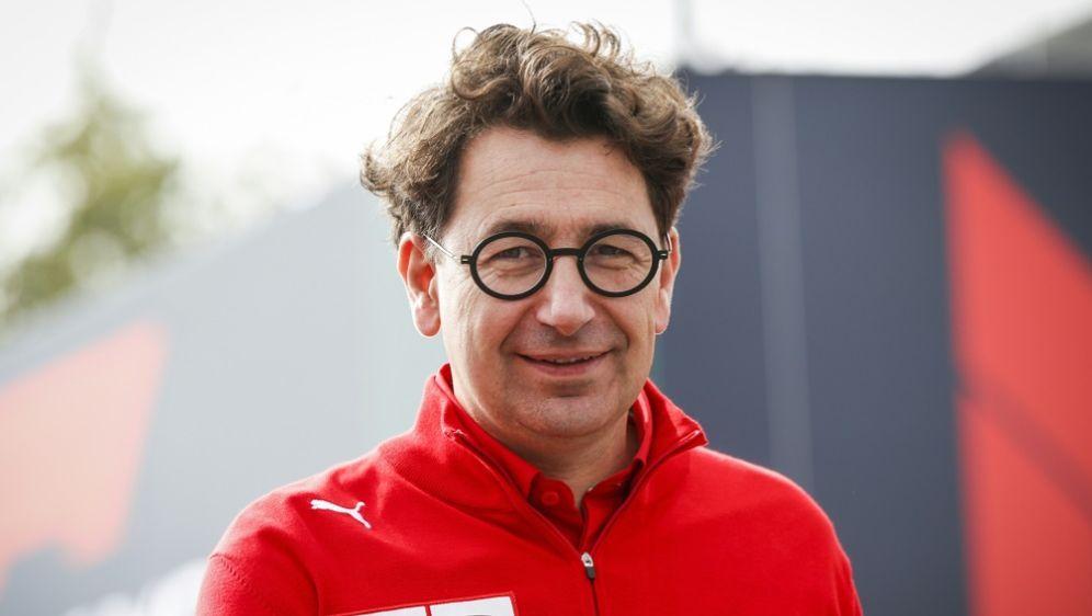 Mattia Binotto glaubt an Sebastian Vettel - Bildquelle: PIXATHLONPIXATHLONSID