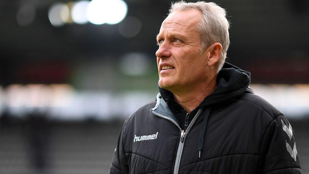 Christian Streich wird wohl noch länger Trainer des SC Freiburg bleiben. - Bildquelle: 2019 Getty Images